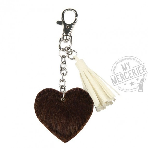 Porte-clé coeur en fourrure
