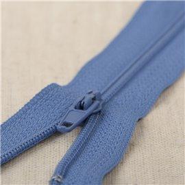 Fermeture fine Polyester N°2 couleur Bleu roi