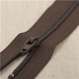 Fermeture fine Polyester N°2 couleur Marron