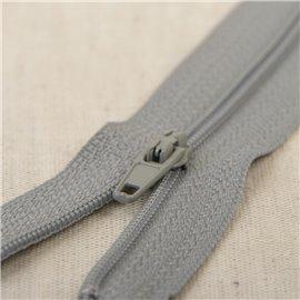 Fermeture fine Polyester N°2 couleur gris cendre
