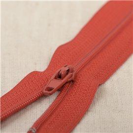 Fermeture fine Polyester N°2 couleur rouge feu
