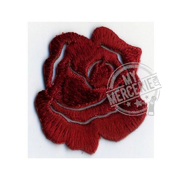 Lot de 3 écussons thermocollants petite rose rouge profond