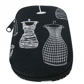 Pochette à couture 16x12cm mannequins sur fonds noir