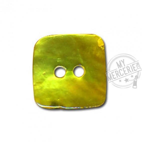 Bouton carré en Nacre couleur Vert Anis